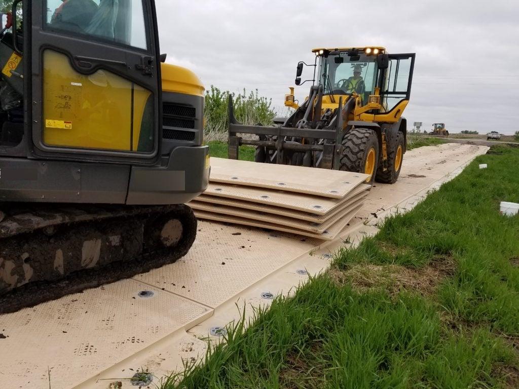 megadeck-roadway-install-1-1024x768