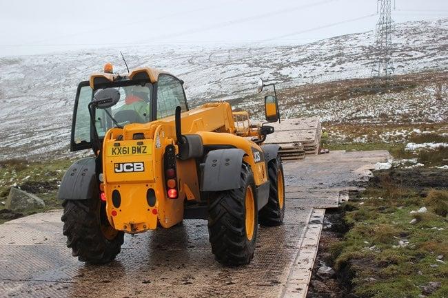 signaroad-utility-roadway-650x433